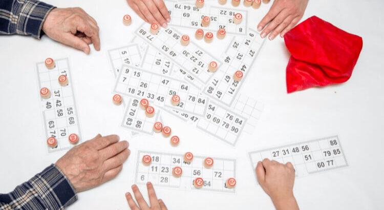bingo online pessoas cartelas de bingo e fichas BingoGratis